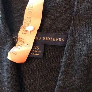 Brooks Brothers Sweaters - Brooks Brothers 💯 Merino Wool sweater. 🌟🦋
